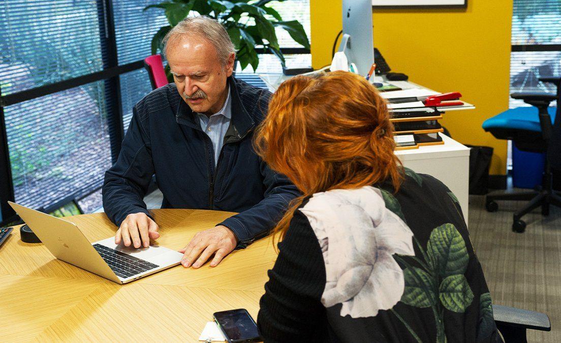 Alkahest CEO Karoly Nikolich and Elizabeth Jeffords Longevity Technology