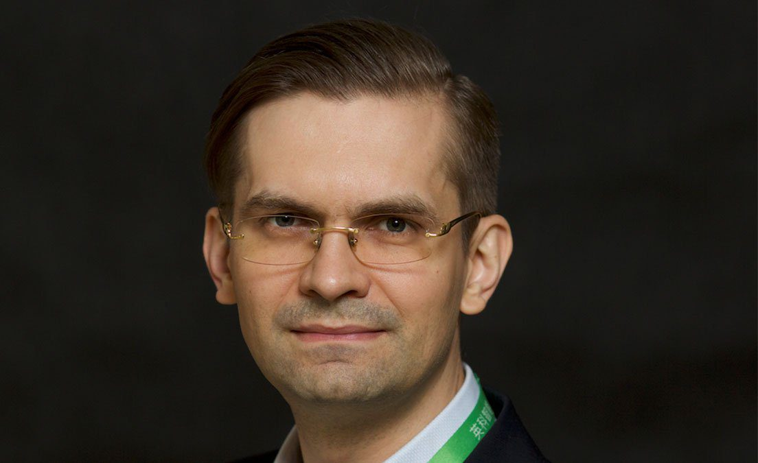 Alex Zhavoronkov Technology Review selects AI Molecular Design