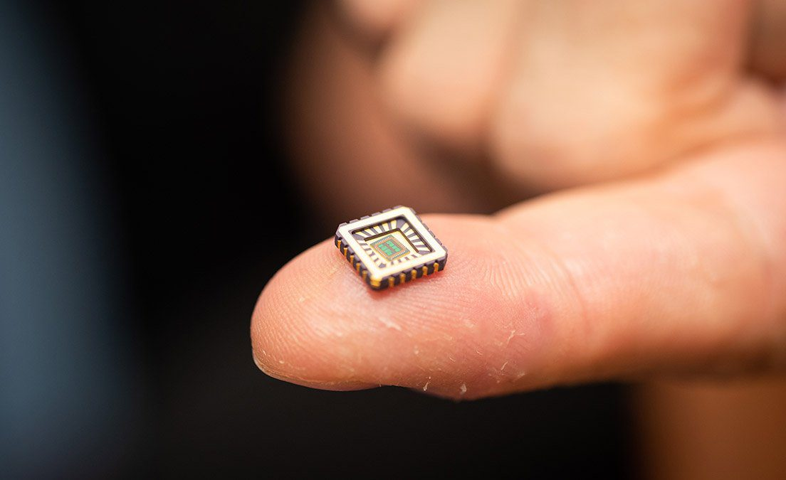 World First as artificial neurons created on microchip